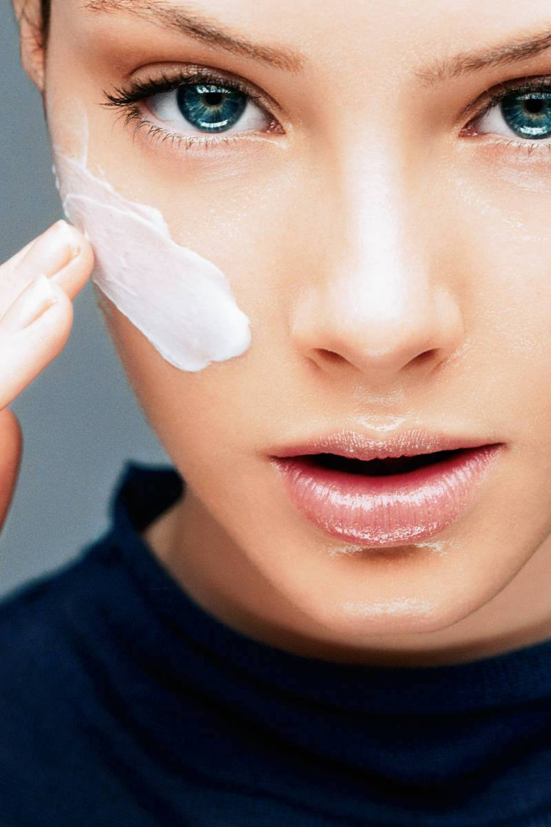 Why Use Retinol in the Winter