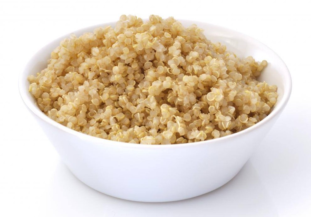 bowl-of-cooked-quinoa