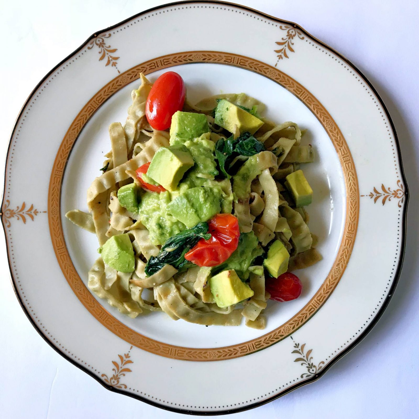 Weekend Recipes: Organic Edamame & Mung Bean Fettuccine with Avocado Sauce