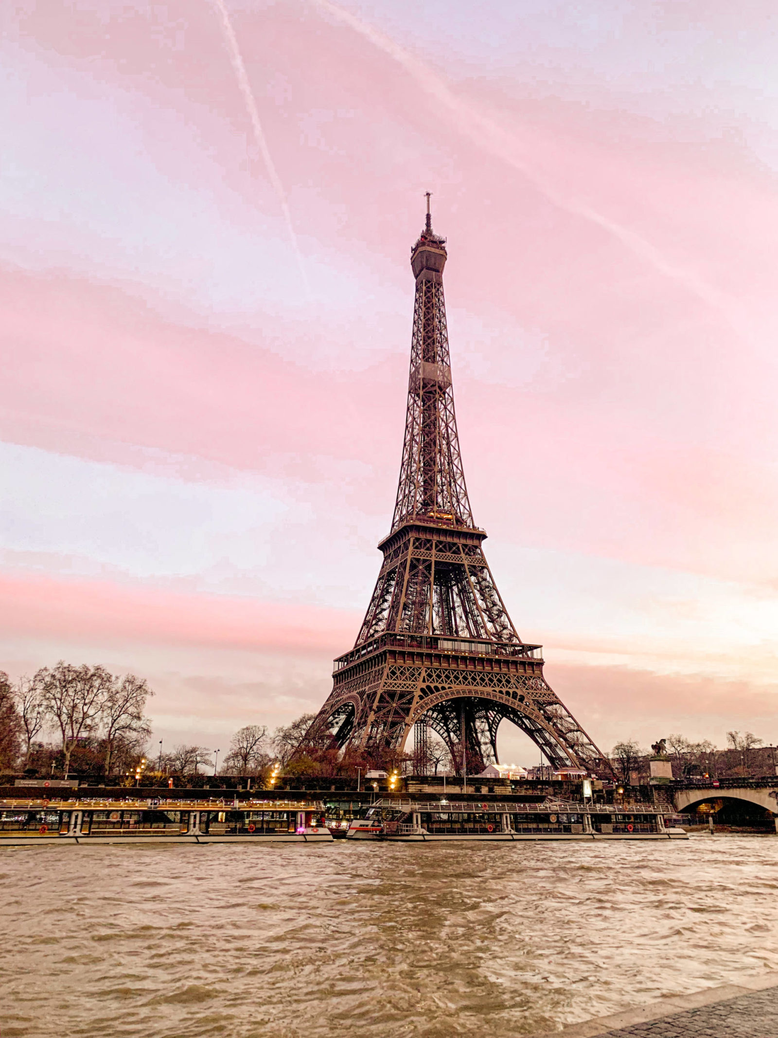Where To Take The Best Eiffel Tower Photos